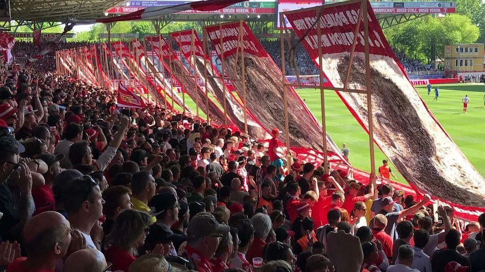 Fan Alte Försterei Fussball Union Berlin Eisern Union Soccer Crowd Group Of People Large Group Of People Real People Sport Men Women Soccer Stadium