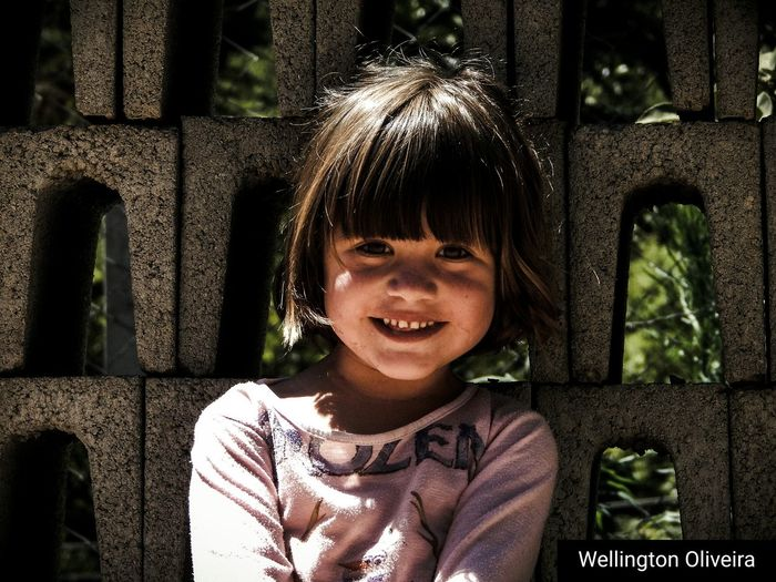 EyeEm Selects Child Happiness Smiling Close-up Portrait Girls Day People Photography Menina SORRISO ツ  Criança Criancafeliz Childhood Children Only One Person Front View Outdoors Cheerful One Boy Only first eyeem photo