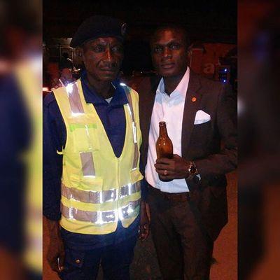 Le poète à Madimba avec le vieux Assani, roulage moko bien ki m'a tant aidé pendant que j'étais collégien..... Remember...