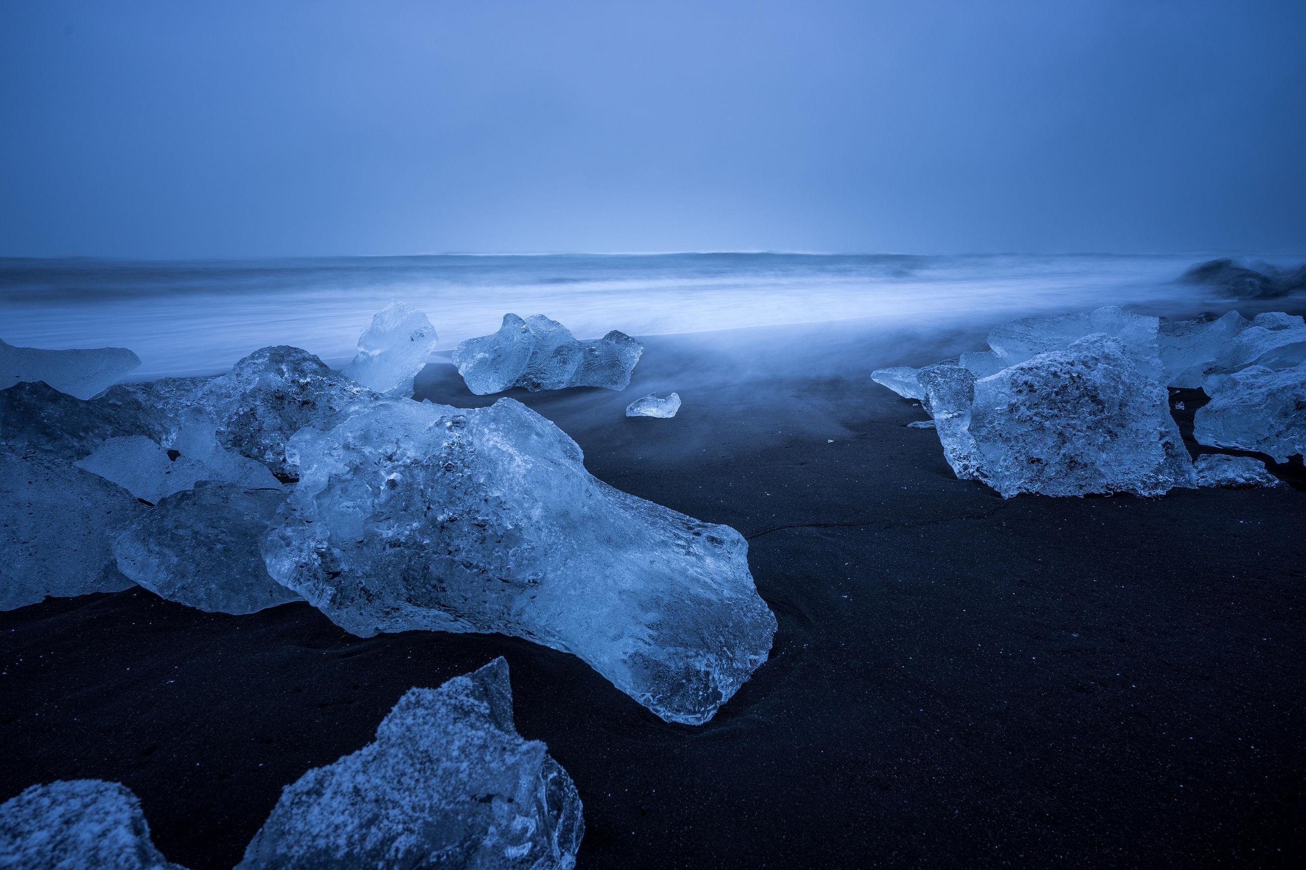 beauty in nature, ice, scenics - nature, frozen, sky, cold temperature, winter, water, glacier, nature, tranquility, sea, tranquil scene, environment, rock, no people, non-urban scene, snow, outdoors, iceberg