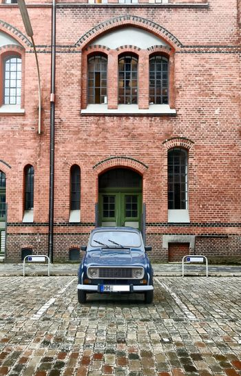 Oldtimer: Renault R4 - Hamburg Renault 4 Renault Youngtimer Oldtimer Architecture Built Structure Building Exterior Building Window Brick No People Motor Vehicle Car Transportation