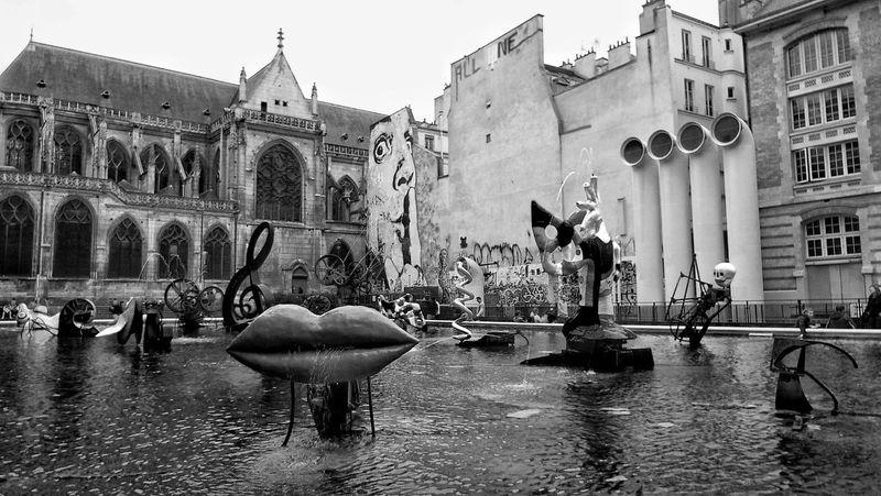 Beaubourg Centre Pompidou Black And White Blackandwhite Blackandwhite Photography Black & White Streetphotography Street Photography Streetphoto_bw Paris Paris ❤ Urban Urban Art Cityscapes Cityscape City Scape City Scapes Fountain Stravinsky Fontaine Stravinski Stravinsky Fountain Fontaine EyeEmBestPics