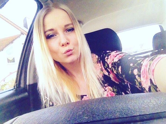 Me :)  Girl Selfie ✌ Blondie Blondgirl Hanging Out Hello World Enjoying Life Taking Photos POTD Driving Love