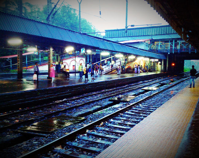 Waiting for the train, To begin the everyday journey :D Taking Photos Hello World Check This Out Relaxing