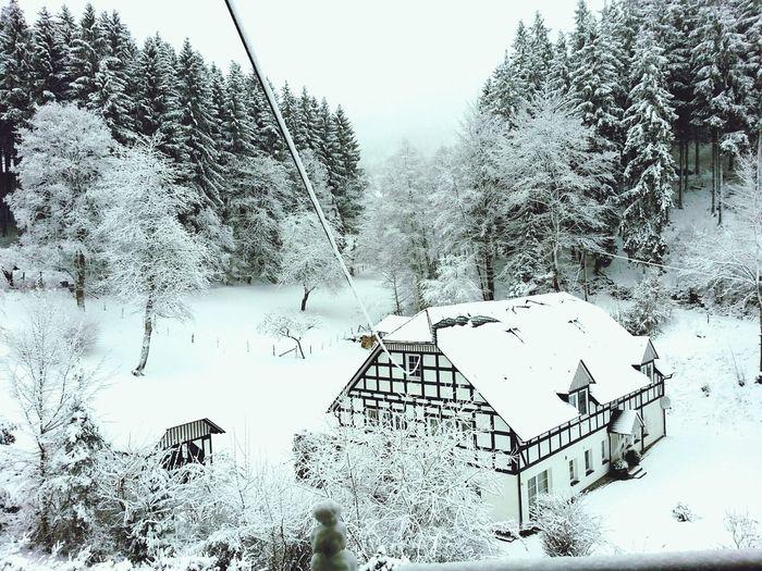 Schnee im Sauerland - das Wochenende ist gelungen.