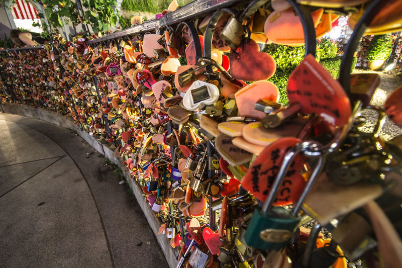 Asiatique Asiatique The Riverfront City Close-up Forver Lock Love Love Lock Padlock Protection Together The City Light