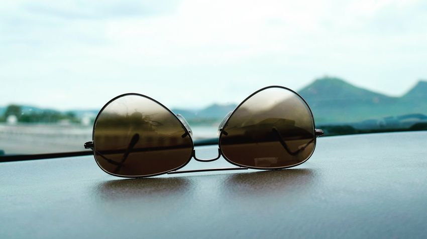 Aesthetic Artificial Beauty Second Eye Aviator Sunglasses Dashboard View Mountains