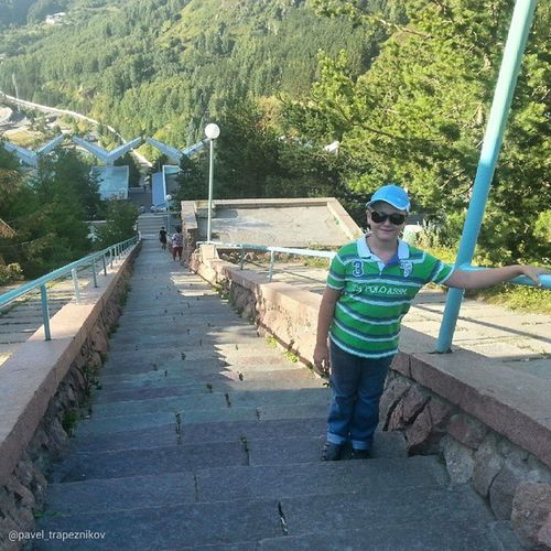 20140802 , Казахстан , алматы . медеу (Медео). Лестница плотины в 842 ступеньки!/ Kazakhstan, Almaty. Medeu (Medeo). On the stairs of the dam, with its 842 steps!
