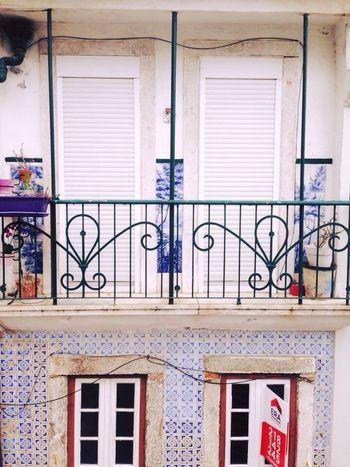 Blu Sky White Colors Lisbon Home
