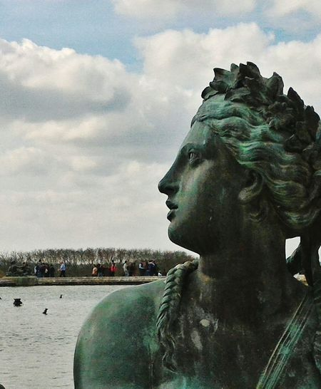 Versailles statue.France Statue Sculpture Beauty Close-up Travel Destinations The Photojournalist - 2017 EyeEm Awards The Street Photographer - 2017 EyeEm Awards EyeEm Best Shots 3XPSUnity Francia Outdoors France Parigi Garden Photography Closeup Closeupphotography EyeEmNewHere Your Ticket To Europe