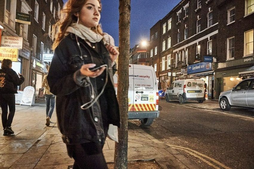 One Woman Only City Street Outdoors Walking Street Photo Londonstreets LONDON❤ Fitzrovialitter Streetphotographer Streetphoto Candidshot Street Photography Streetphotography Streetdreamsmag Candid Photography Girl City Street Low Angle View Street Light Urban London Streets Fashion London Calling City