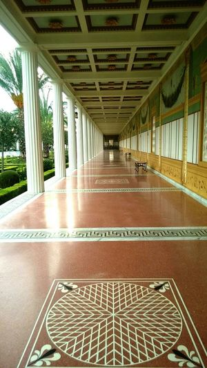 Vanishing Point The Getty Villa Rule Of Thirds Malibu