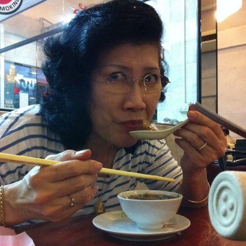 Mama birthday ^^ i love u mom
