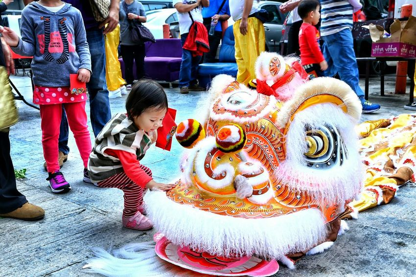 靈童瑞獅 喜氣洋洋 Enjoying Life Chinese New Year Kids Photography Kids Art EyeEm Masterclass Capture The Moment EyeEm Best Shots Chinese Lion Dance Yuen Long Nam Bin Wai Hong Kong