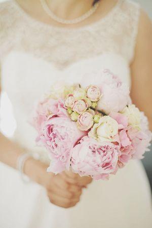 Bride ILoveMyJob Wedding Photography Love Bridal Bouquet Flowers Beautiful Peonies Roses Wedding EyeEm Bestsellers