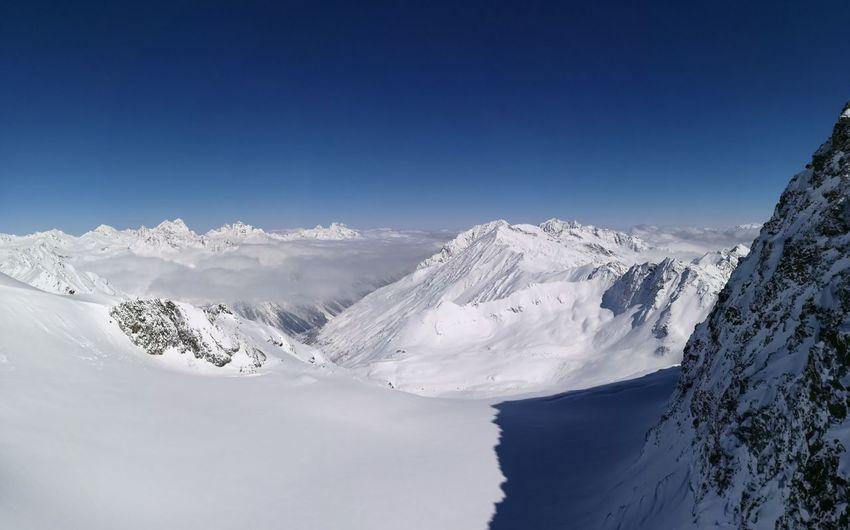 über Den Wolken Mountain Snow Ski Nature Sky Clouds No People Soelden