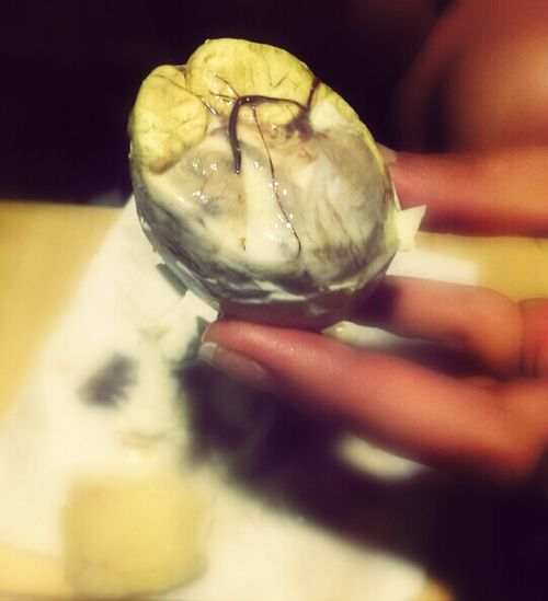 Balut. Philippine Delicacy. Anyone ever have this? I couldn't do it. Balut Philippines Philippine Delicacy Filipino Food