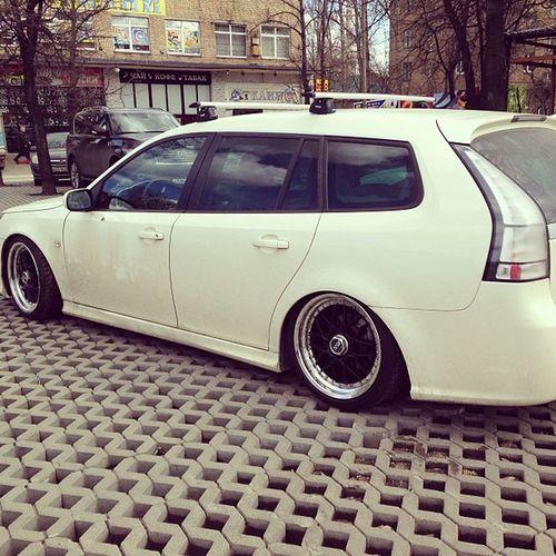 Saab отдыхает