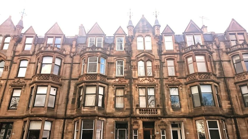 Gothic Architecture Tenements West End Window Reflections i love my flat. I love the high ceilings. And the light you'll get. 💞
