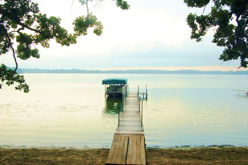 Lakeside Dock Beauty In Nature Empty Boat Dock Horizon Over Water Minnesota Lake Scenics Tranquil Scene Tranquility Water