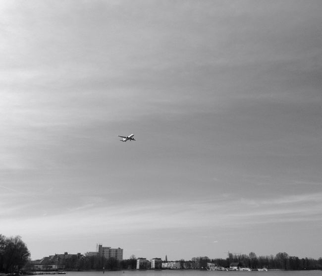 Der Himmel über Berlin Airplane Eiswerder Berlin