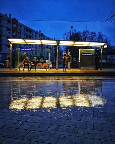 Autre vue. Sous la pluie. Cityscape Night Lights Nightphotography Reflections Reflection Mirror Night Street Wet Water Illuminated Outdoors Road Puddle Architecture