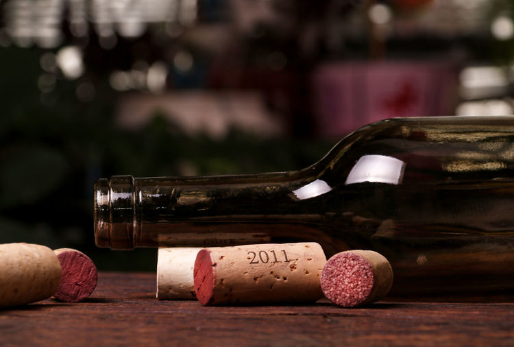 Food And Drink Wine Cork Wood - Material Drink Bottle Refreshment Alcohol Table Wine Indoors  Focus On Foreground No People Wine Bottle Still Life Close-up Selective Focus Red Wine Glass Cork - Stopper Container 2011