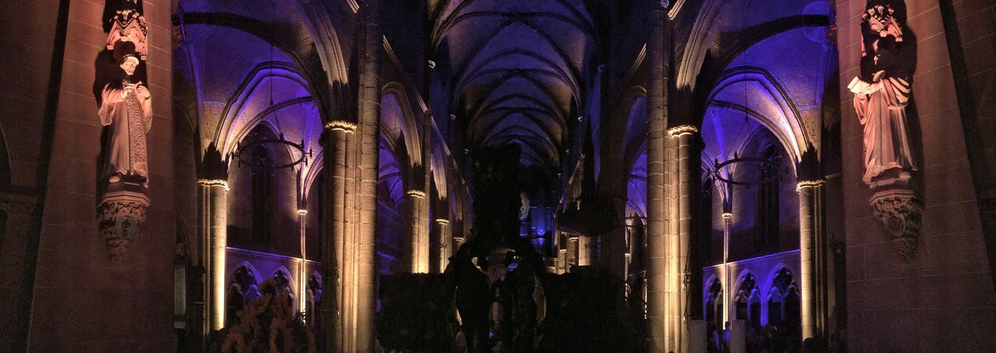 Marienkirche Reutlingen Kirchenschiff Orgelkonzert Architecture_collection Colorful Lights Parallel Lines Panoramic Photography Light And Shadow Medieval Architecture Check This Out Church