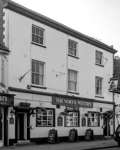 The North Western, Stratford Road, Wolverton, Buckinghamshire Buckinghamshire Wolverton FUJIFILM X-T10 Black And White Monochrome Pubs Buckinghamshire Pubs