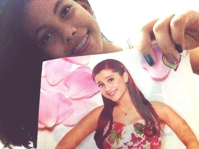 Selfie W Ariana