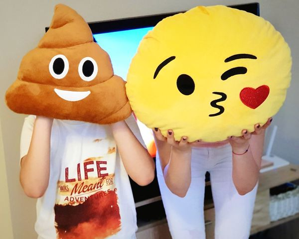 The Emoji Movie (2017) - Live Young People Roleplay Masks акото е яко 😘😘😘happy Time! 😚 Emoji Emojis Posing Representing Anthropomorphic Face Text Water