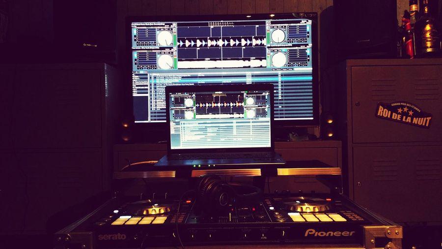 Mix Deejaying Bien A La Maison Pioneer Audiotechnica