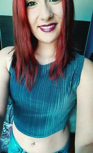 Girl Tumblr Lipstick Tumblrgirl Fashiongirl  Girltumblr Relaxing Make Up Selfie Fashion Redhair Pelirroja Outfit Enllamas