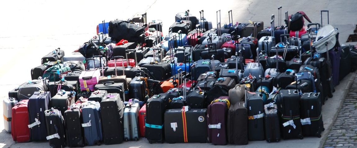Baggage Baggage Claim Baggage Handler Baggageclaim Baggages Koffer Large Group Of Objects Luggage Luggage, Travel  Luggages No People Viele Koffer