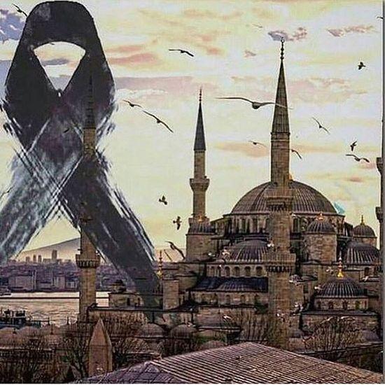 PRAY FOR İSTANBUL 🙏🏻 Terorulanetliyoruz Sultanahmet Prayforistanbul Hello World