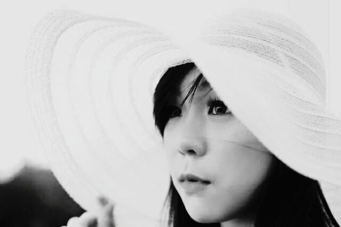 One Woman Only One Person Headshot Only Women Human Face Beauty Outdoors Close-up Photography Sun Hat Eyeemphotography Story Behind The Picture Mystories Mangroveforest Blackandwhitephotography Blackandwhiteandcolor BW Collection Bw_portraits