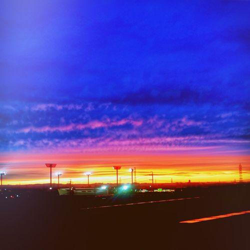 夕焼け Toyota Clouds And Sky