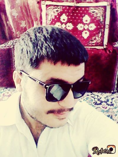 Some budy tell u look so bad is that true... That's Me