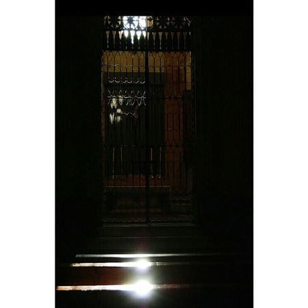 Depth Of Field Church Granada SPAIN Granada, Spain Sun Sunbeam Blacksoul Black Getting Scared