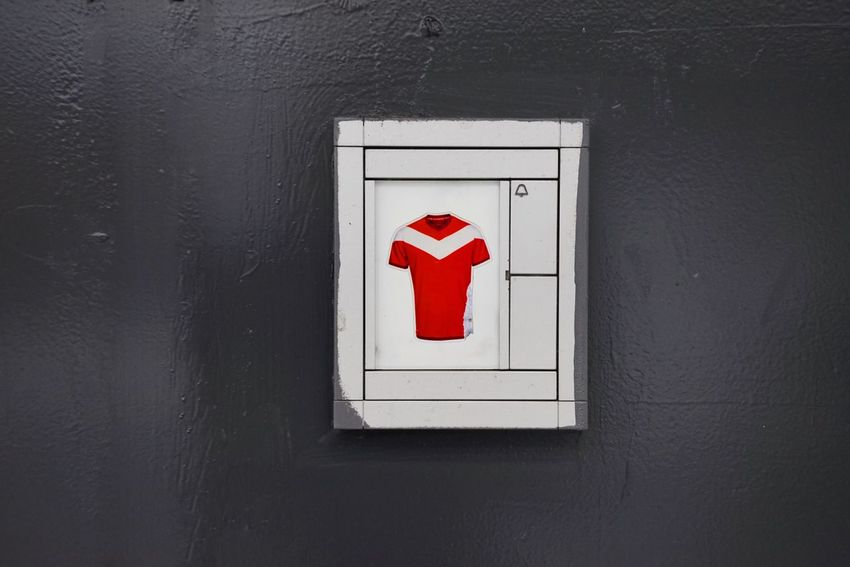 Sticker Shirt Door Bell Red Communication Close-up Sign No People Wall - Building Feature Safety Door Architecture Entrance Day Security