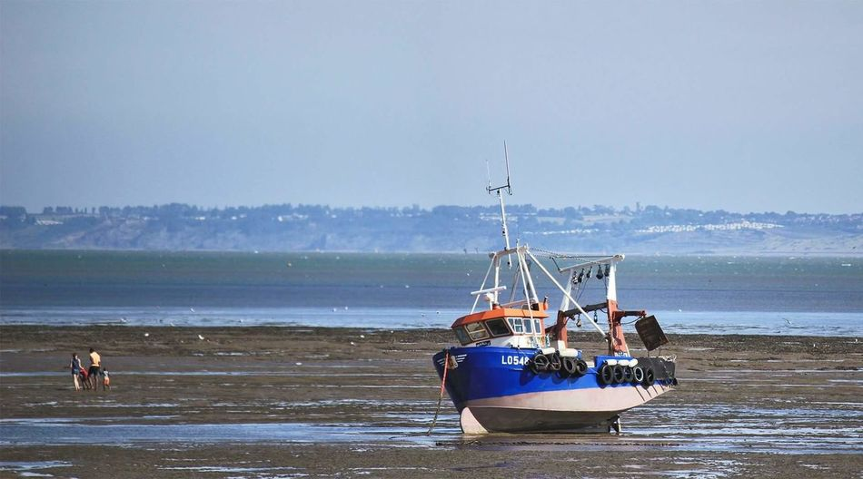 Southend On Sea United Kingdom England Seaside Stranded Boat Boat Low Tide Colour Of Life