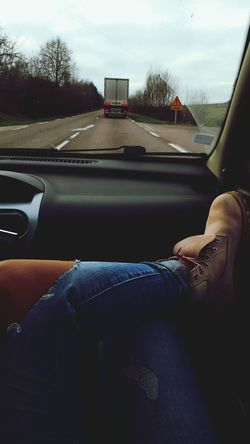Sur la route 🐙 Ontheroad Frenchgirl Timberland Jeans First Eyeem Photo Latina France Inthecar Road Pull&bear Frenchgirls Portuguesegirl French Shoes Relax Today's Hot Look Style