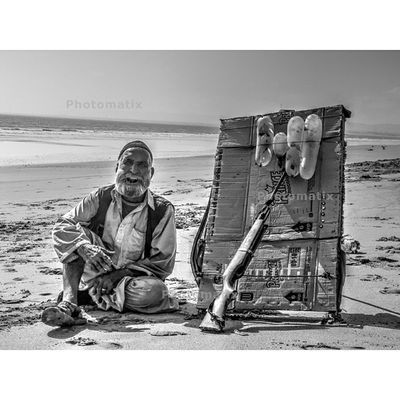 - Day10 Astranger Pakistanifebphotochallenge This smile in his face hides a story which nobody knows , all we know is that he is living his life the hard way .. !