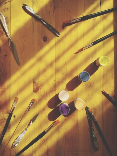 Yellow Yellow Background Wood - Material Indoors  Backgrounds Still Life Art Tools Art Palette Directly Above Flat Lay Creativity Yellow Backgrounds Wooden Background Paintbrush Multi Colored Painting Tools Mix Yourself A Good Time