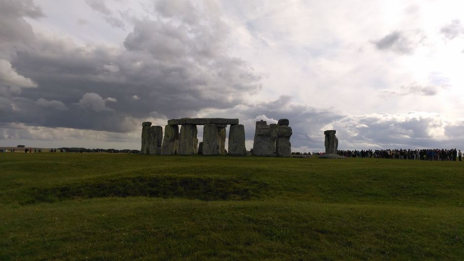 Grass History Ancient Old Ruin Field Ancient History War Memorial Travel Destinations Ancient Civilization Landscape Day Outdoors No People Nature Sky London Art Vacations No Filters Or Effects Beauty In Nature Stonehenge Cloud - Sky EyeEmNewHere EyeEm LOST IN London