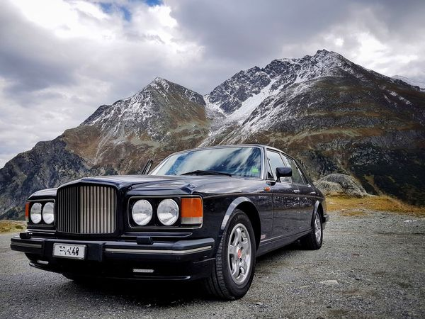 Mountain Mountain Range Car Outdoors No People Landscape_photography EyeEm Landscape Landscape_Collection Landscape Photography Land Vehicles Car Detail First Eyeem Photo The Week On EyeEm EyeEm Selects Taking Photos EyeEm Gallery My Point Of View Bentley Bentleyturbo EyeEm Best Shots Mode Of Transport Technology Bentley❤ Flüelenpass Switzerland Been There. Done That. Perspectives On Nature