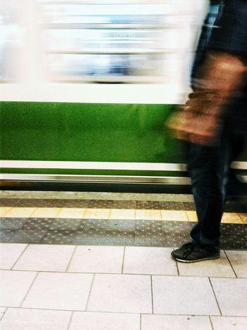 Photo futurista omaggio a Boccioni movimento dinamico di treno e uomo Creative Light And Shadow Reflection Authentic Moments Color Photography Pure Photography No Filter