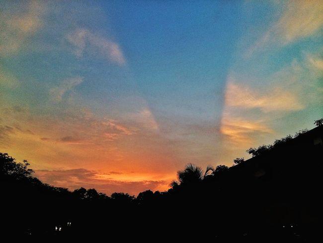 Sunrise Sunrise_Collection Happy Earth Day PhonePhotography Johorphotographer Johor Bahru Sky Johordarultakzim Malaysia Scenery Malaysianphotographer Malayphotographer Malaysia Malaysia Truly Asia Jojie69colections