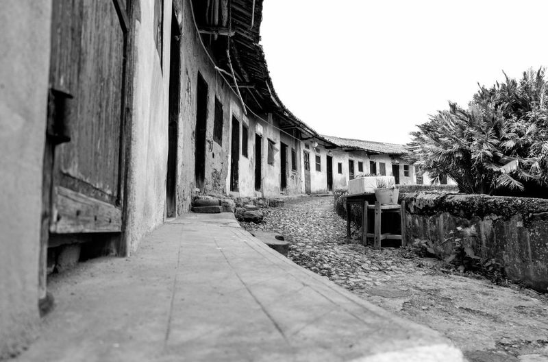 Wen Gong Ci, in Meizhou, Guangdong, China. taken while visiting my wife's hometown for the Chinese New Year. Meizhou Architecture Blackandwhite Building Exterior Built Structure China Clear Sky Day Hakka No People Outdoors Sky The Way Forward