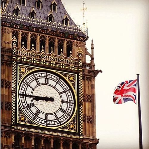 The Elizabeth Tower and the Union Flag — one of the most beautiful sights in the world. ❤ 🇬🇧 ❤ Love Home Bigben Elizabethtower westminster london england greatbritain gb unitedkingdom uk unionflag beauty architecture art flags rulebritannia picofthemorning tagsforlikes instaarchitecture instaart instaflags